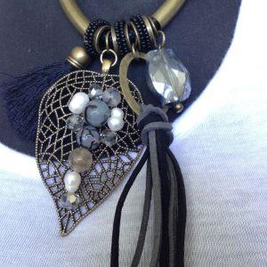 pendentif feuille et perles lolilota