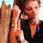 bracelet elastique et pierre naturelle