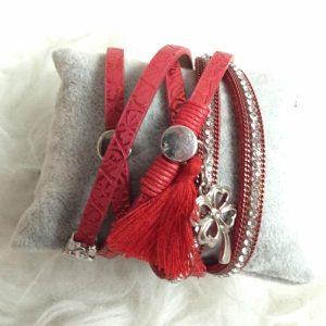 bracelet cuir breloque trefle