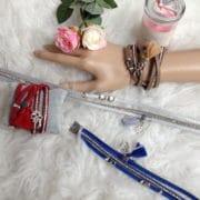 bracelet multirangs breloque et pompon