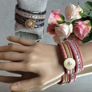 bracelets ecusson