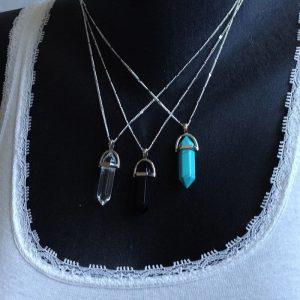 collier et perle naturelle